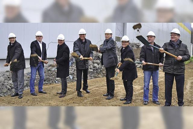 Logistiker Barth verdoppelt Lagerhalle in Umkirch