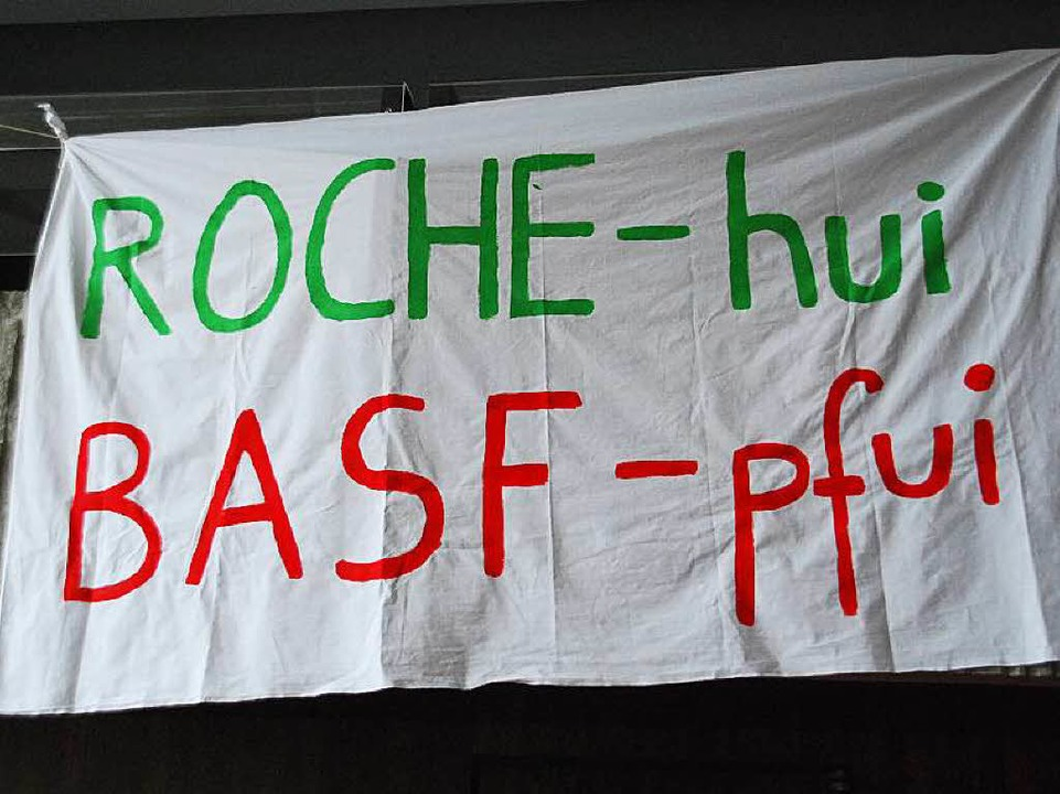 Die Meinung vieler Bürger am Hochrhein...Transparent aus dem Sommer 2013 zeigt.  | Foto: Ralf Staub