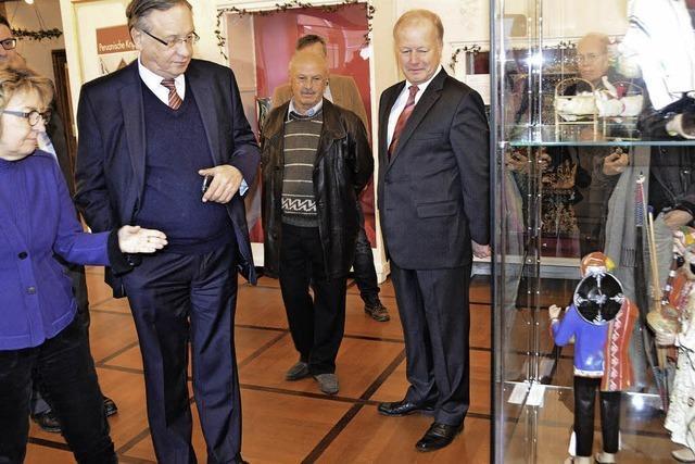 Der Botschafter Perus traf im Elztalmuseum Freunde