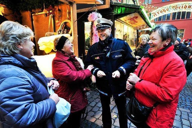 Räuber und Gendarm auf dem Freiburger Weihnachtsmarkt