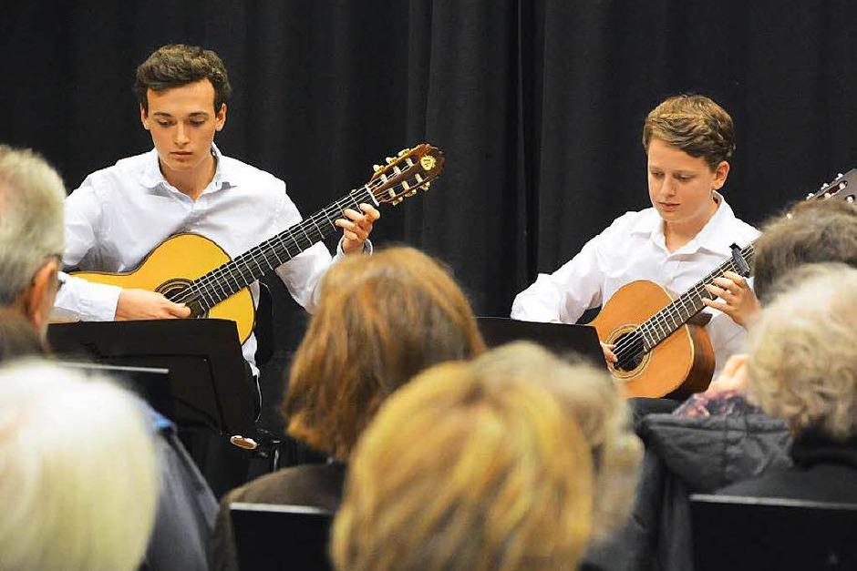 Gitarren-Duo von Stefan Gierden beim Pro Opening im Kammermusiksaal (Foto: Barbara Ruda)