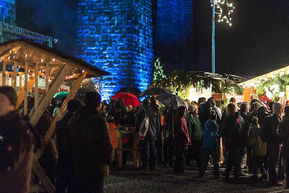 Phillipp Geists Lichterbilder auf Pfeilern und Bögen des Ravenna-Viadukts boten Besuchern ein spektakuläres Erlebnis. (Foto: Daniel Antoniutti)