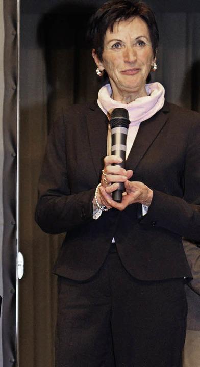 Finanzbuchhalterin Evelyn Dufner wurde in den Ruhestand verabschiedet.   | Foto: Gert Brichta