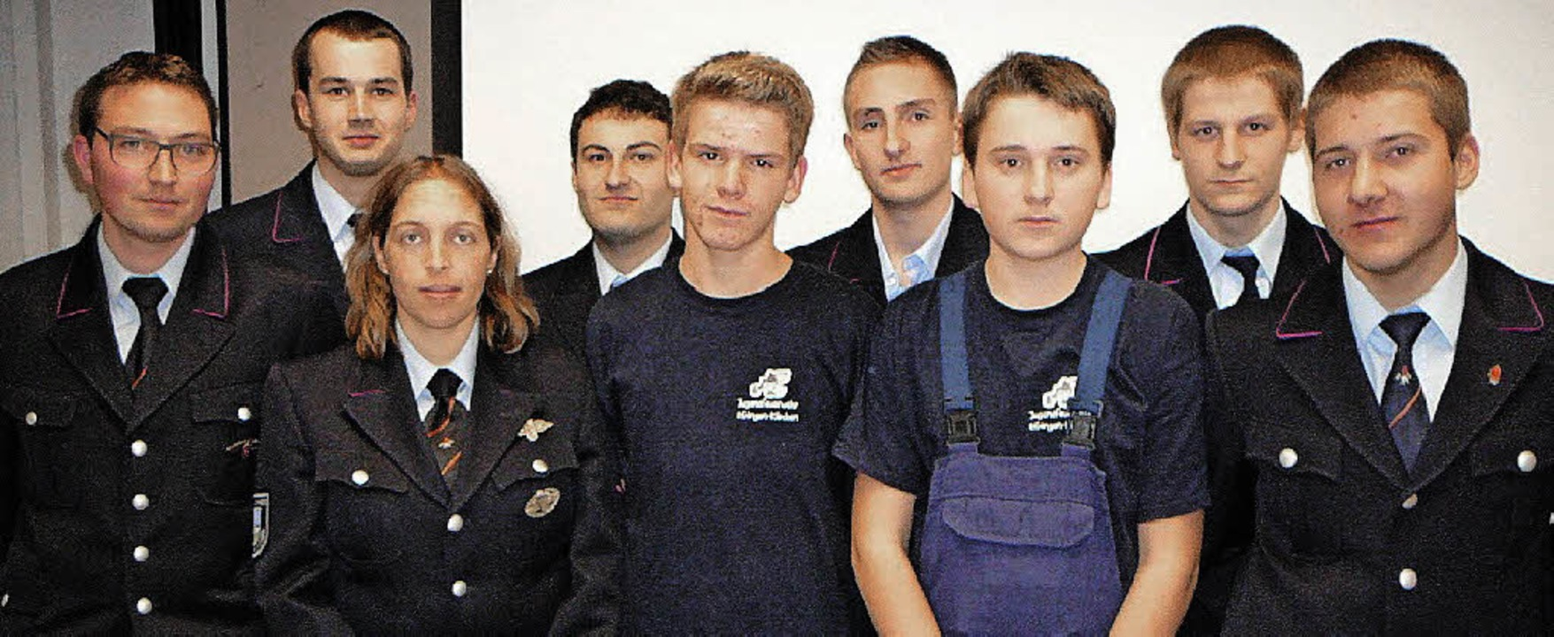 Die neuen und ausscheidenden Amtsträge...auer, Phillip Pelzer und Lukas Siebold  | Foto: Rolf Mück