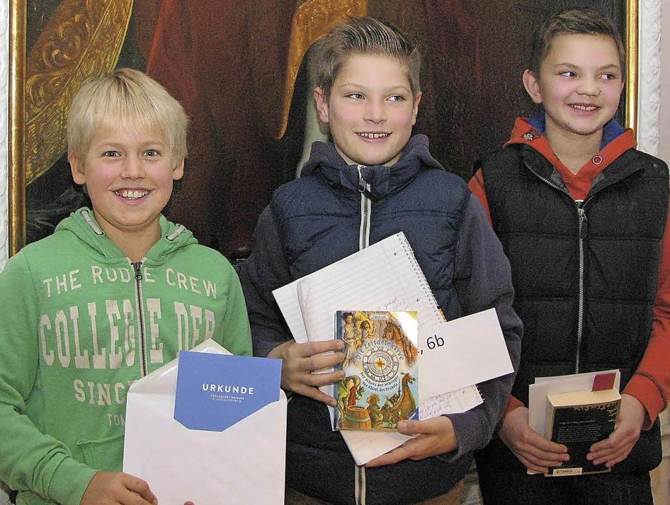 Die Preisträger (von links): Johannes ...hsee) und Noe Baumgartner (Todtmoos).     Foto: Kolleg St. Blasien