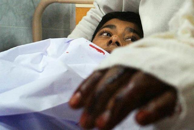 Taliban-Attacke auf Schule endet blutig – 130 Todesopfer