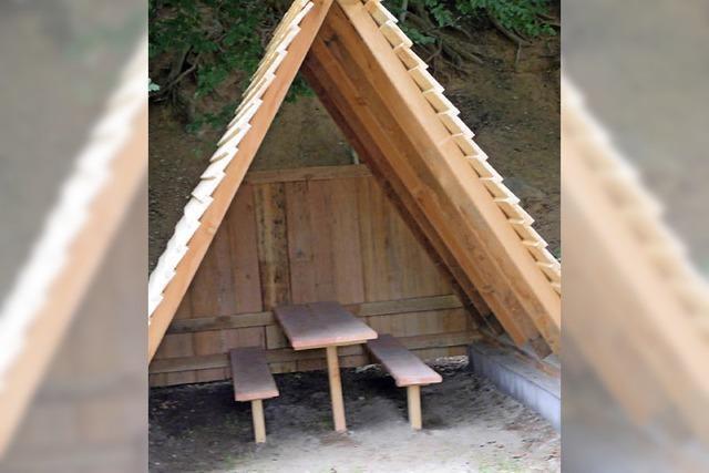 Neue Schutzhütte im Buchholzer Wald