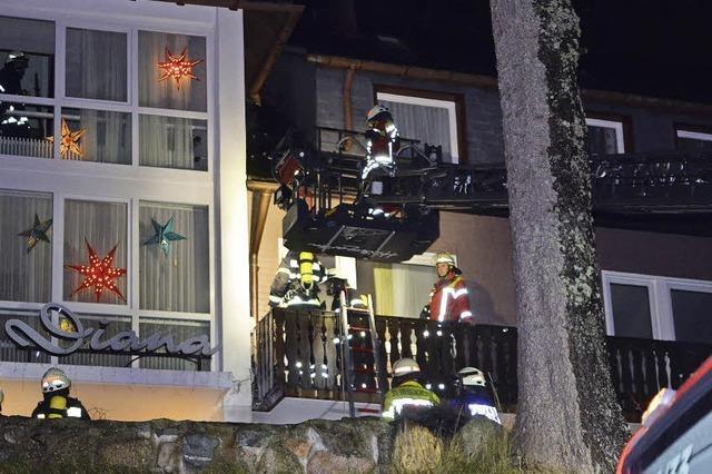Fassade gerät in Brand