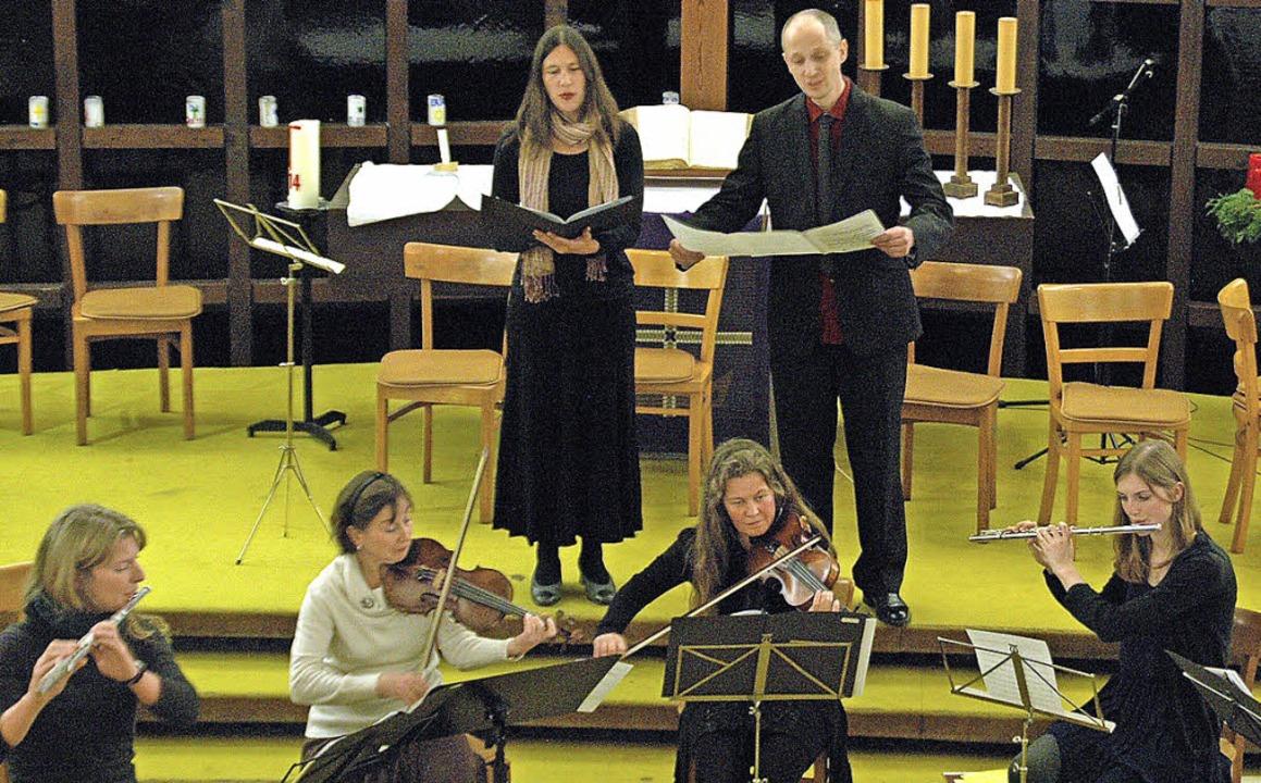 Vorweihnachtliche Musik erklang  bei e... der evangelischen Kirche in Breisach.  | Foto: Mariel Wendel