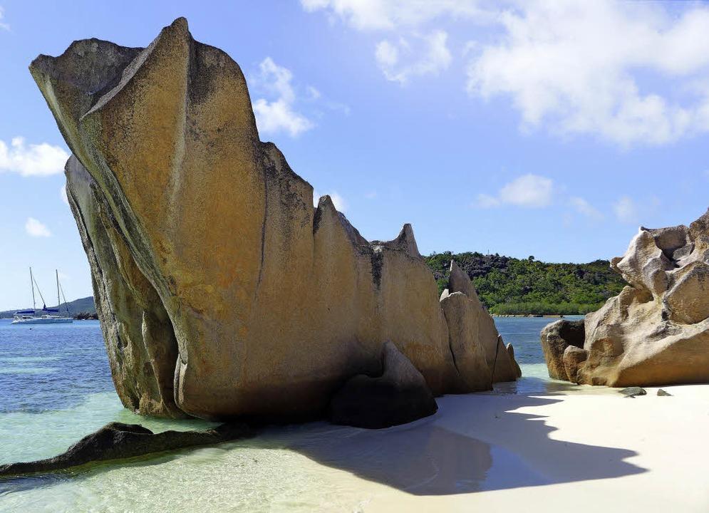 Typisch Seychellen: Große Granitfelsen...nde der Inseln im Indischen Ozean aus.  | Foto: Stefan Zahler