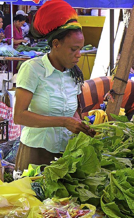 Bunt und lebhaft: der Markt in der Hauptstadt Victoria  | Foto: Stefan Zahler