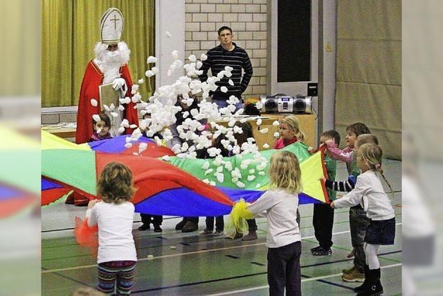 Der Nikolaus verteilt viel Lob