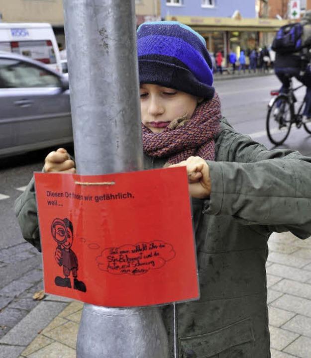 Eine rote Karte gab's für die Ha...l man sie so schlecht überqueren kann.  | Foto: Thomas Kunz