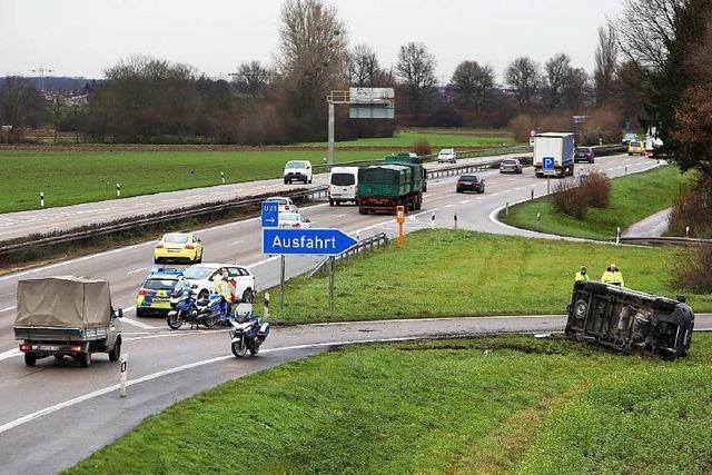 Kollision auf der Autobahn bei Lahr