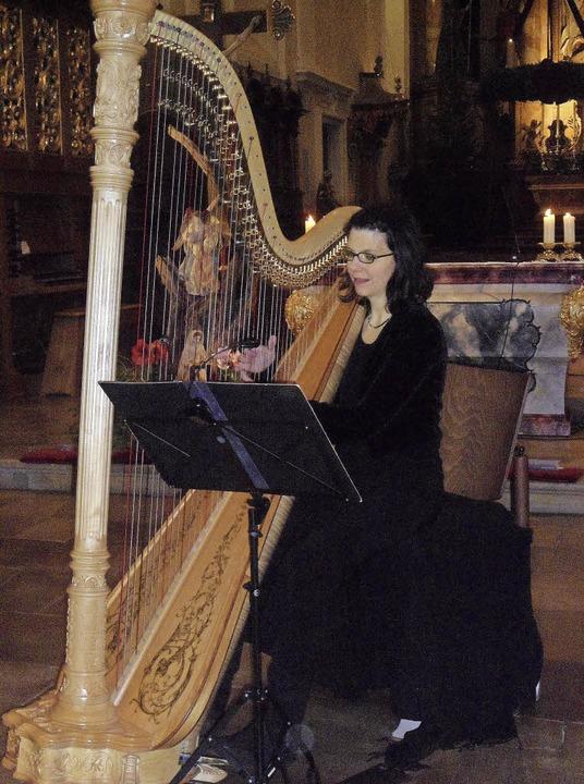 Harfenistin Dorothée Hecking-Neu  | Foto: B. Flier