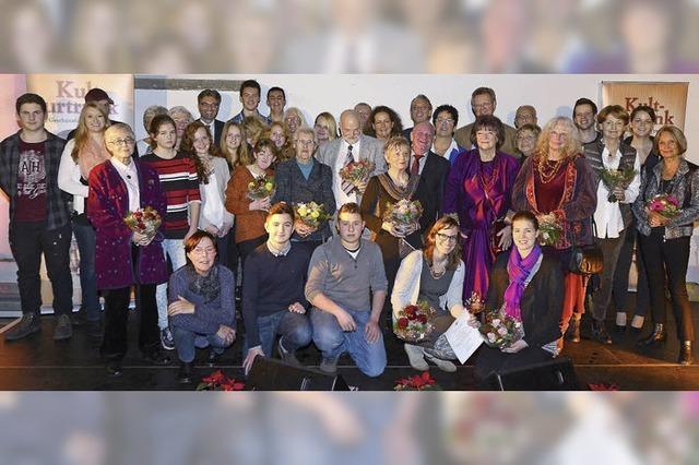 Sozialbürgermeister zeichnet engagierte Bürger und soziale Projekte aus