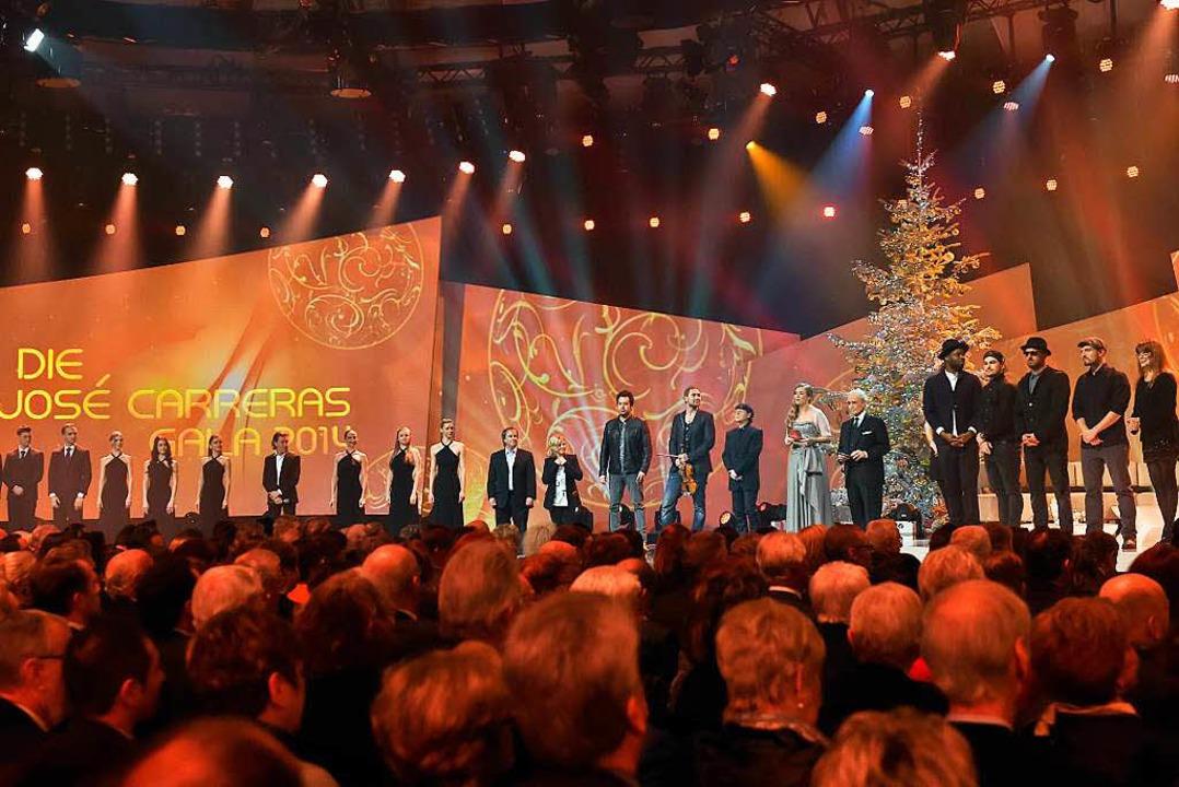 Viele prominente Gäste unterstützen José Carreras in seinem Kampf gegen Leukämie    Foto: Europa-Park  Rust