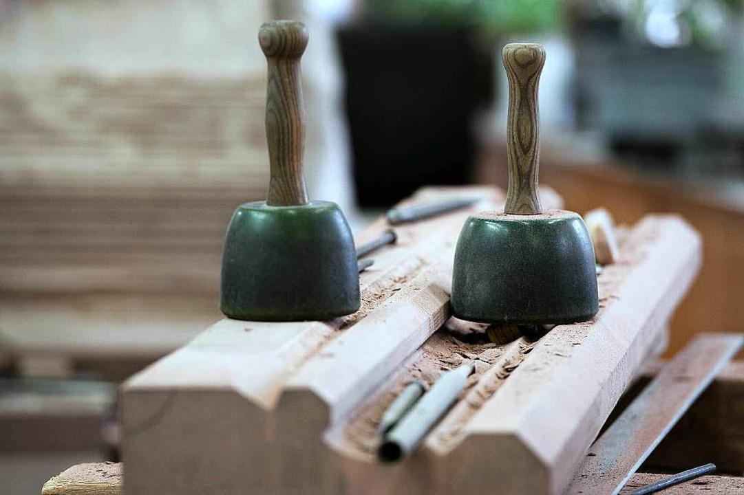 Die Knüpfel gehören zu den wichtigsten Werkzeugen in den Münsterbauhütten.  | Foto: FREDERICK FLORIN