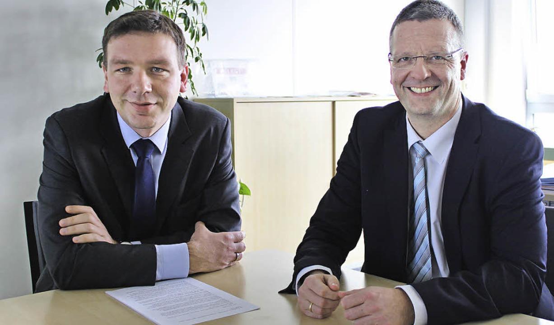 Uwe Lorenz (links) und Markus Roth, Ge...eschäftsjahr mit bombastischen Zahlen.  | Foto: Martha Weishaar