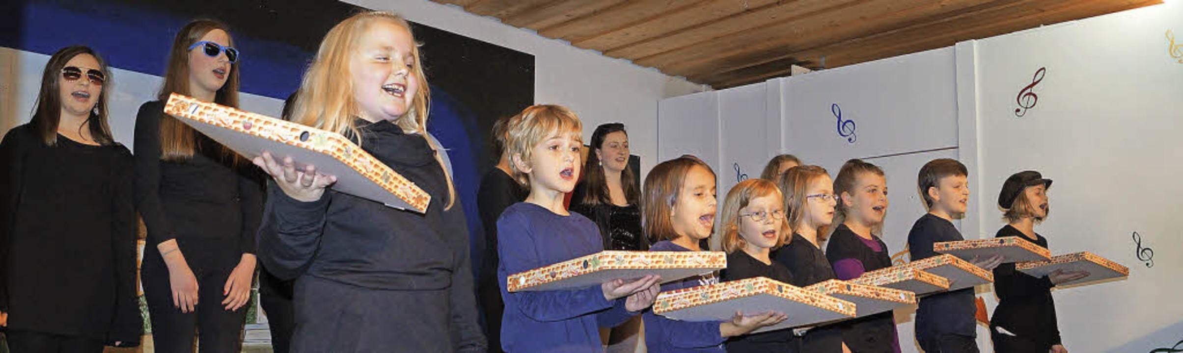 Der Nachwuchs  des Gesangvereins Schal... nach Bella Italia   Wegzehrung dabei.  | Foto: sil