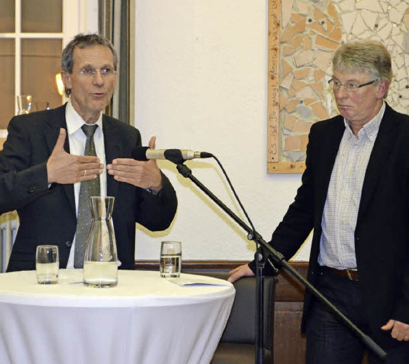 Professor Wolf Hammann vom Integration...chen Gemeindezentrum St. Margarethen.   | Foto: Nikolaus Bayer