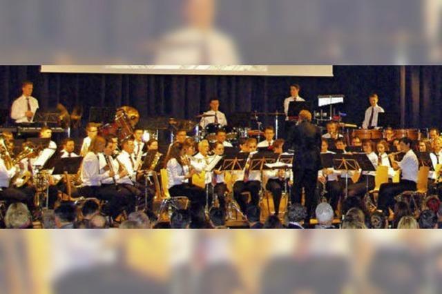 Orchester entfesselt Naturgewalten