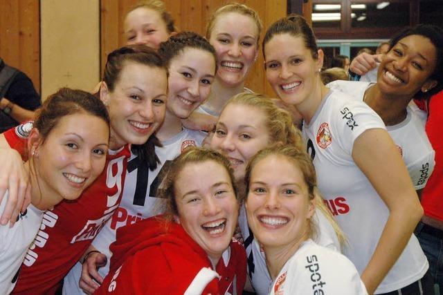 So feiern die Offenburger Volleyballspielerinnen Weihnachten