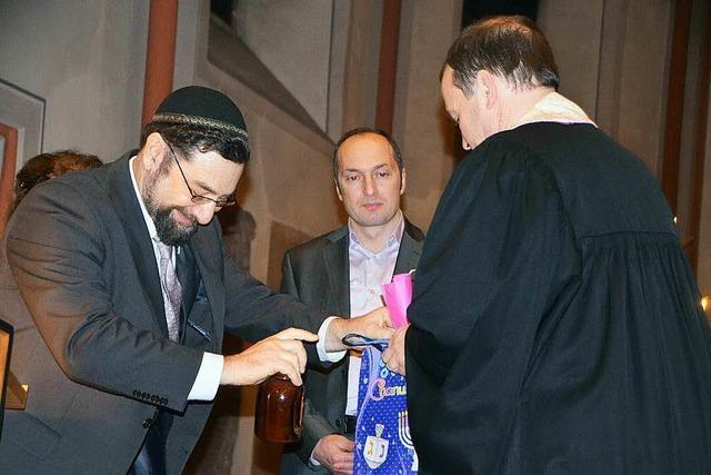 Rabbi und Imam sprechen an Weihnachten in Emmendinger Stadtkirche