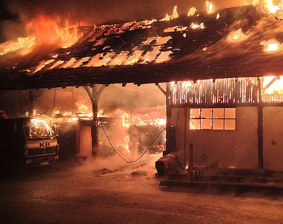 Zu den dramatischsten Ereignissen in d... in Elzach (Foto rechts) und Kollnau.   | Foto: Archivfoto: Feuerwehr, Fackler