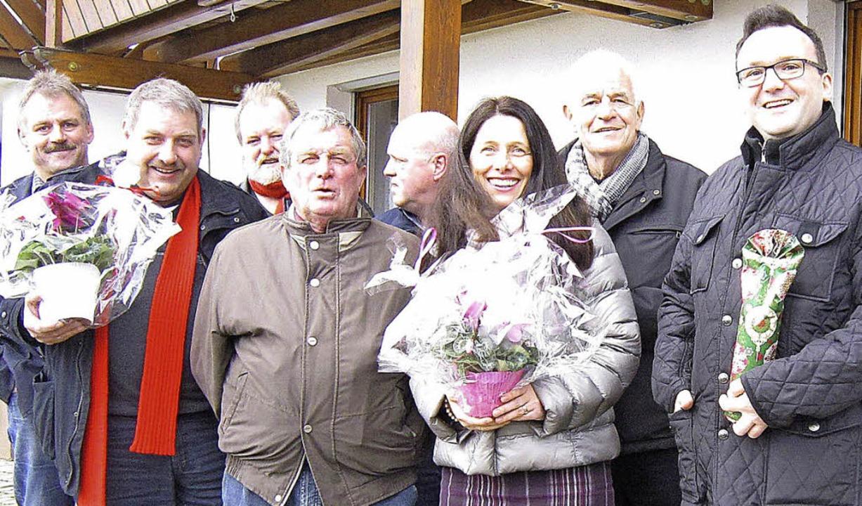 SPD-Weihnachtsaktion in Gresgen: Von l...iner Stickelberger  und David Kaiser.   | Foto: Privat