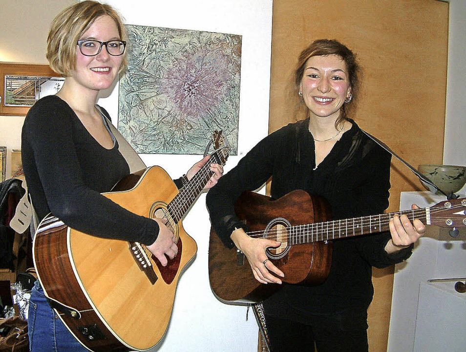 <Text>Die Musikerinnen Martina Gschwin...ngs aus Pop, Folk und Country. </Text>  | Foto: Roswitha Frey