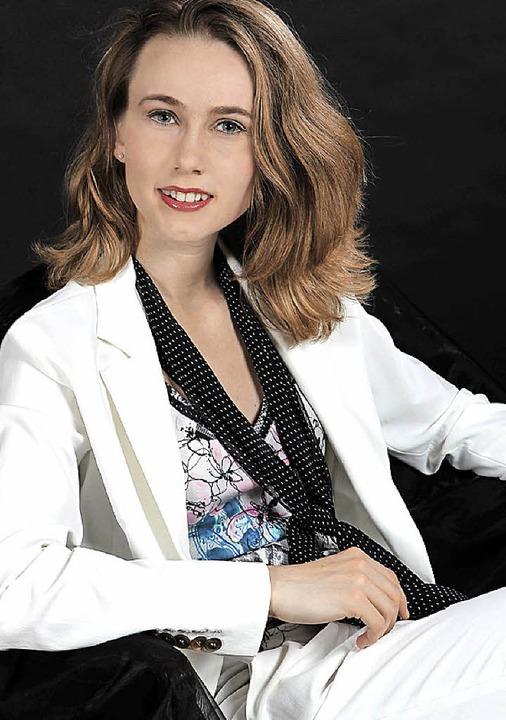 Die in Basel lebende Pianistin Susanne Lang gastiert am 4. Januar in Ettenheim.  | Foto: Promo