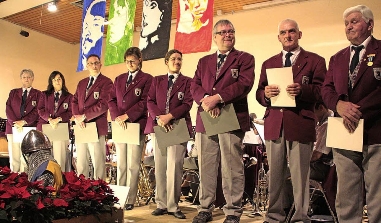 Die Geehrten des Musikvereins Öflingen...h, Werner Klausmann und Horst Thomann     Foto: Jörn Kerckhoff