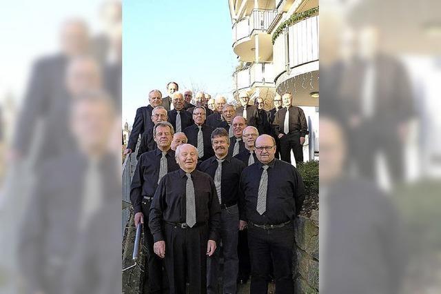 Männer singen für Senioren