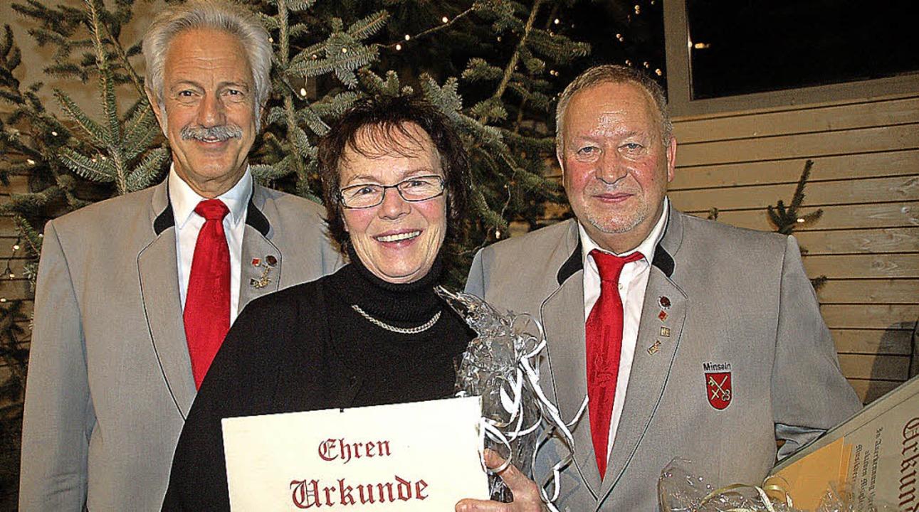 Klaus Hunzinger (von links), Helga Pfi...bert Steiner vom Musikverein Minseln.   | Foto: Petra Wunderle