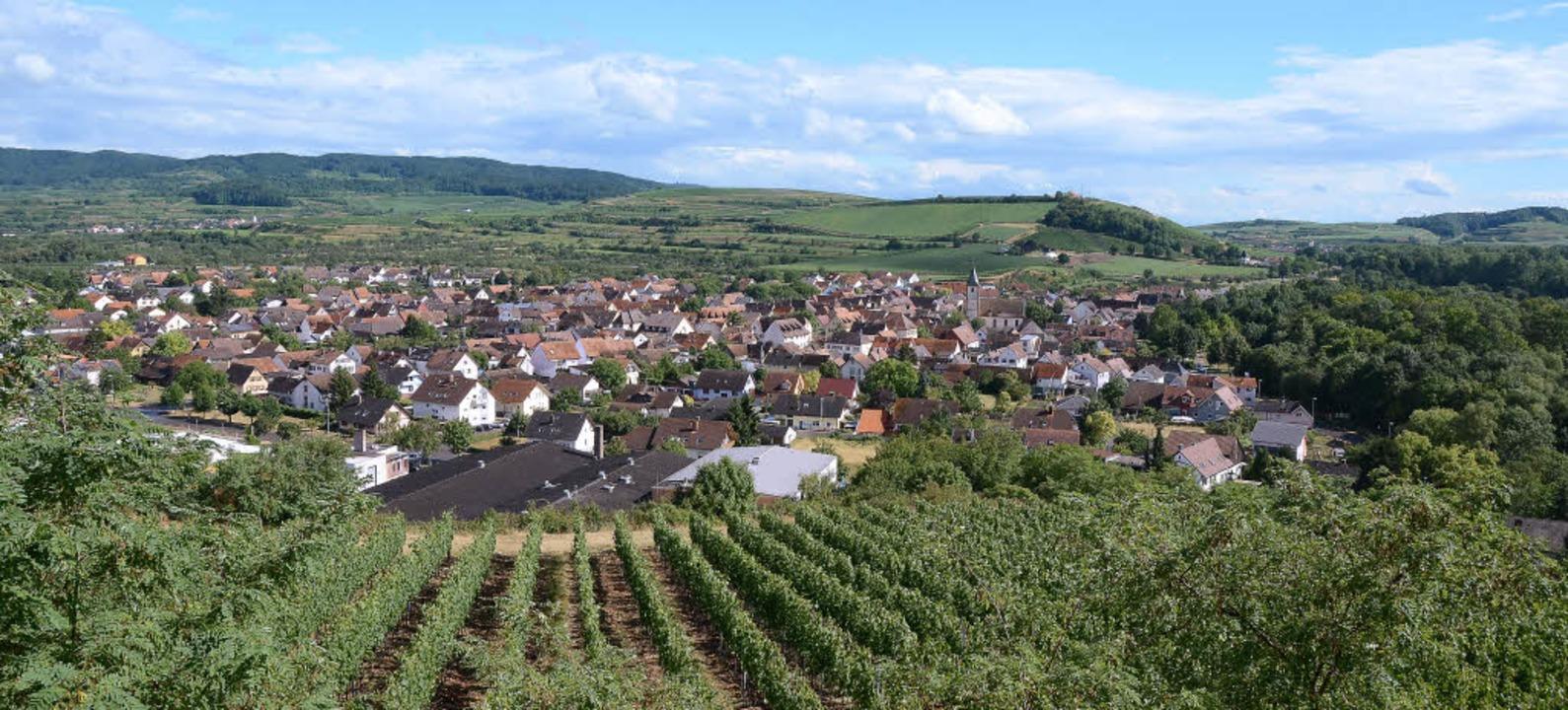 Blick auf Sasbach und seine Ortsteile ... für ein Gemeindeentwicklungskonzept.     Foto: Roland Vitt