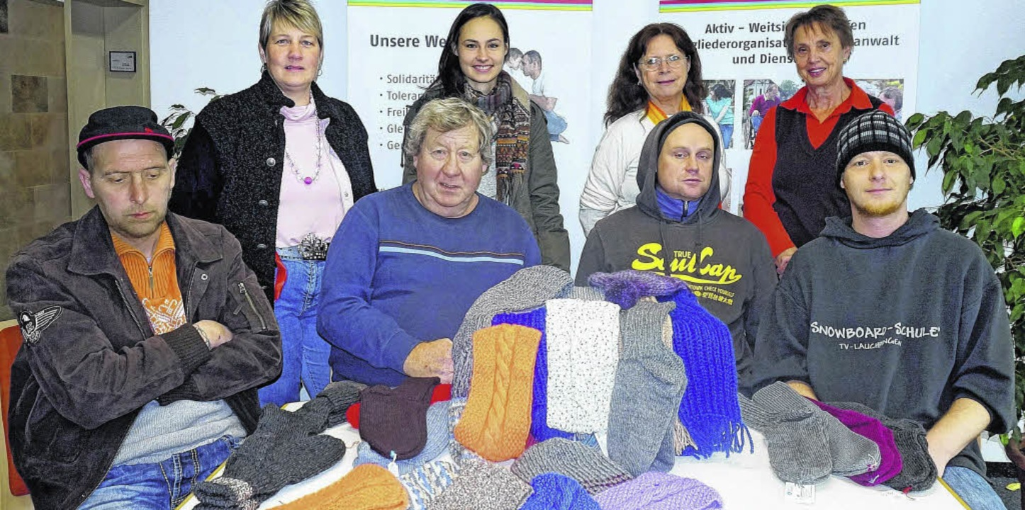 Frauen des AWO-Strickcafé Kreativnadel... Maria Zeiser (Leiterin Strickcafé).    | Foto: Freudig