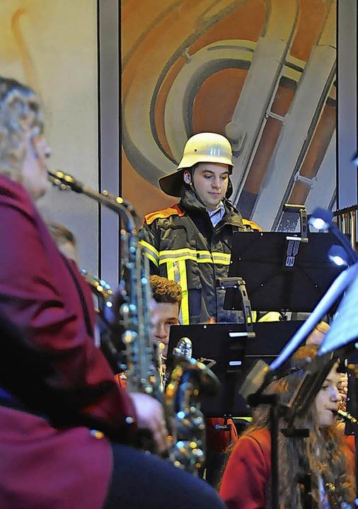 Musik für die Feuerwehr  | Foto: Herbert Geisler