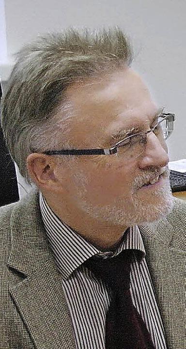 Begegnung im Amtsgericht: Konrad Deufel (links) und Direktor Wolfram Lorenz.     Foto: U. Tromm