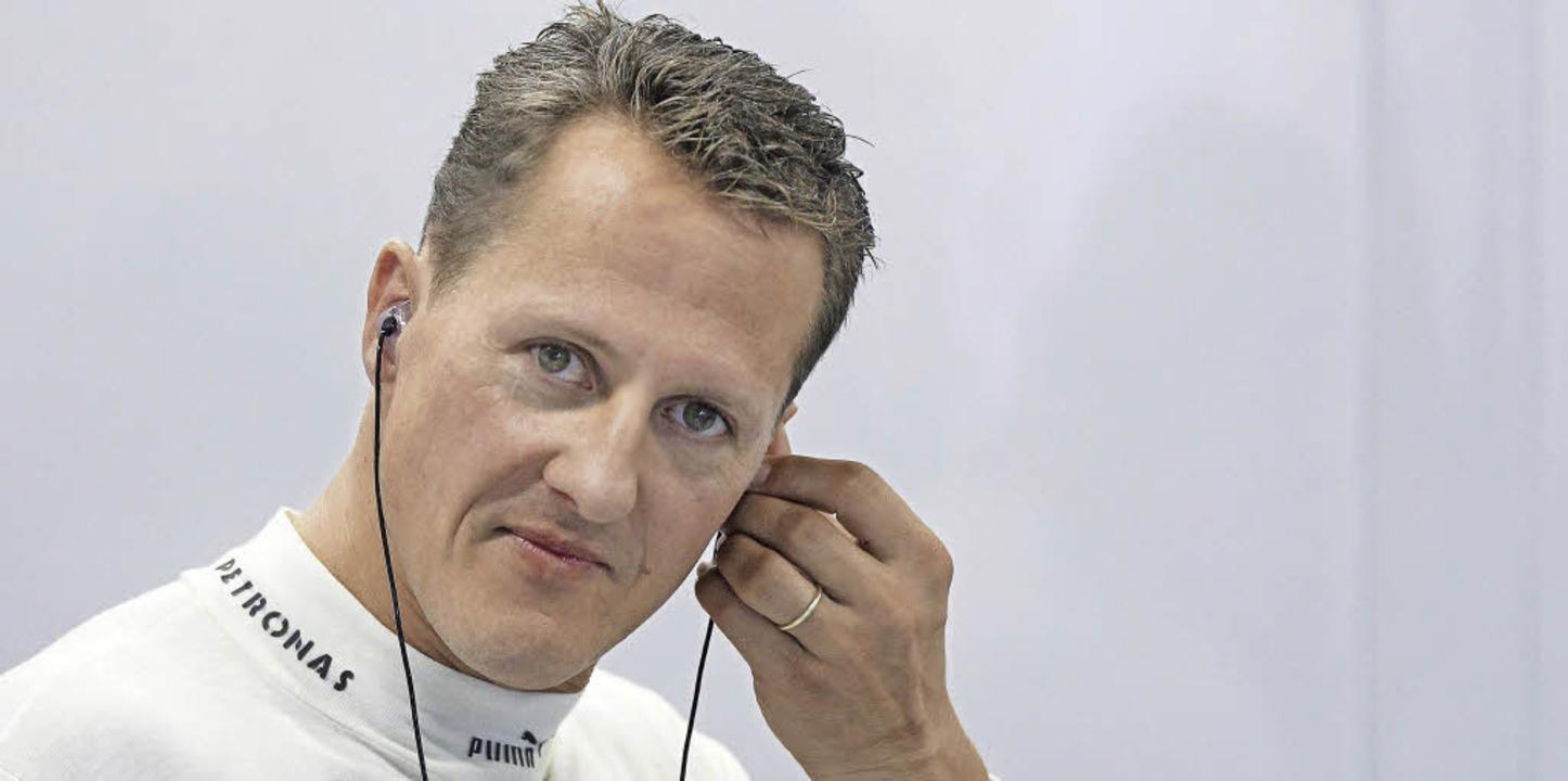 Niermand weiß zu sagen, wie seine Zukunft aussehen wird: Michael Schumacher  | Foto: dpa