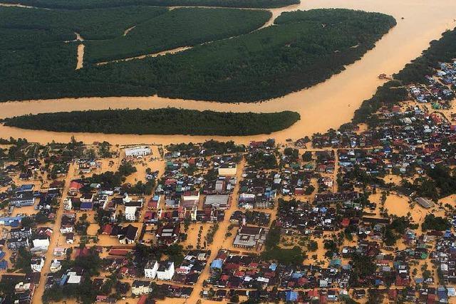 Starke Regenfälle treiben Menschen in Asien in die Flucht