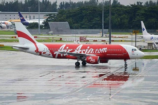 Noch keine Spur von vermisstem Air-Asia-Flugzeug