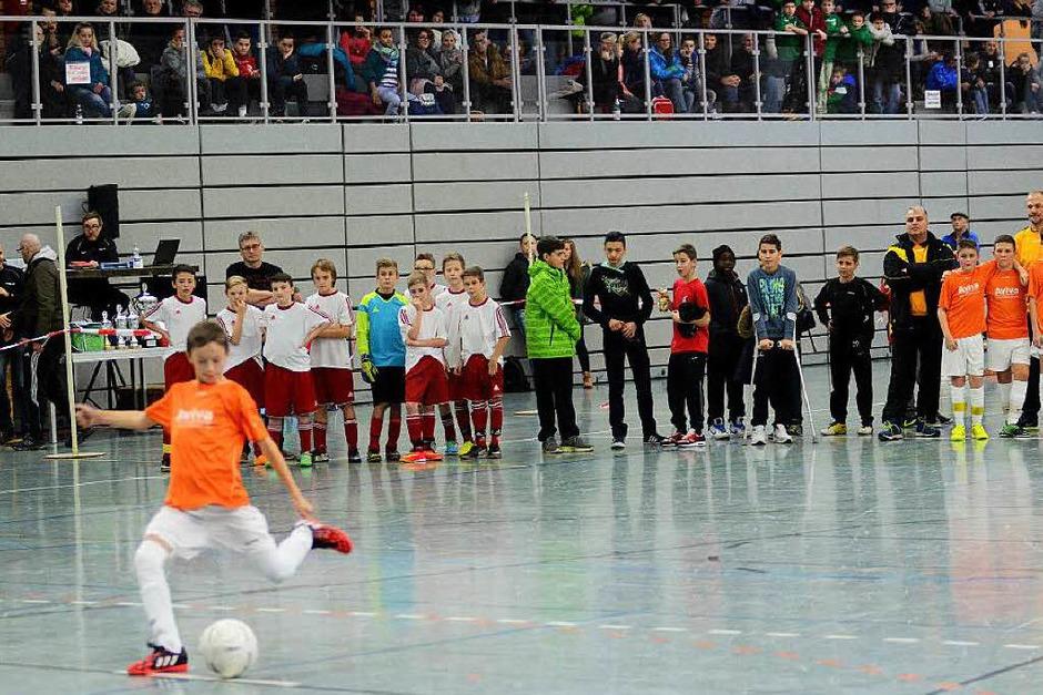 Faszination Jugendfußball: In Bildern aufgezeigt beim Turnier in Lahr. (Foto: Sebastian Köhli)