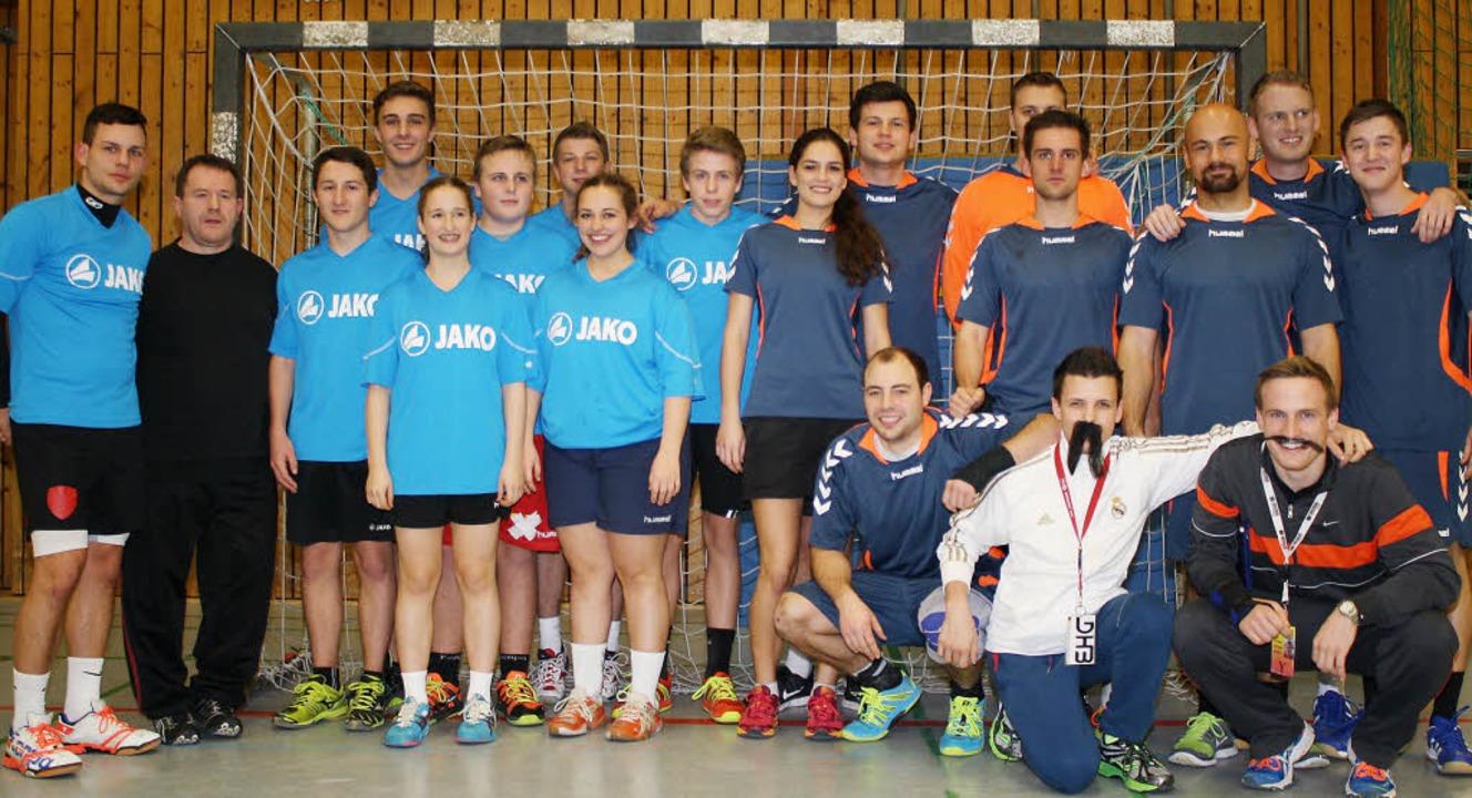 Nach zwölf Stunden Handball total in K...wiederholte somit den Vorjahreserfolg.    Foto: Werner Schnabl