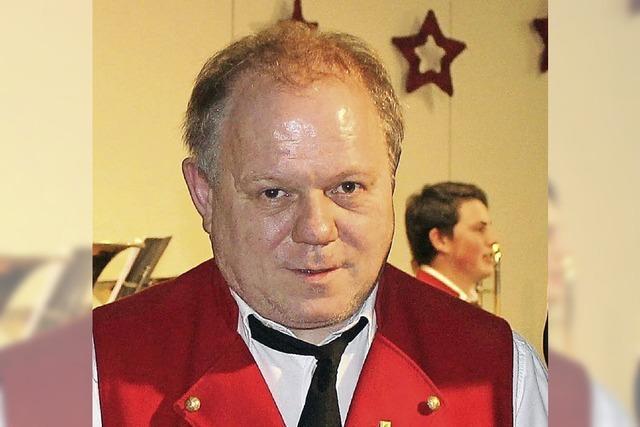 Goldene Ehrennadel für Klaus Maier