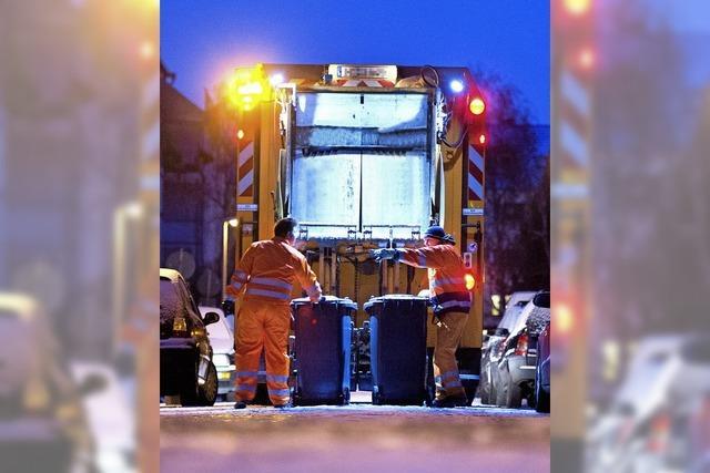 Schnee und Eis erschweren Müllabfuhr