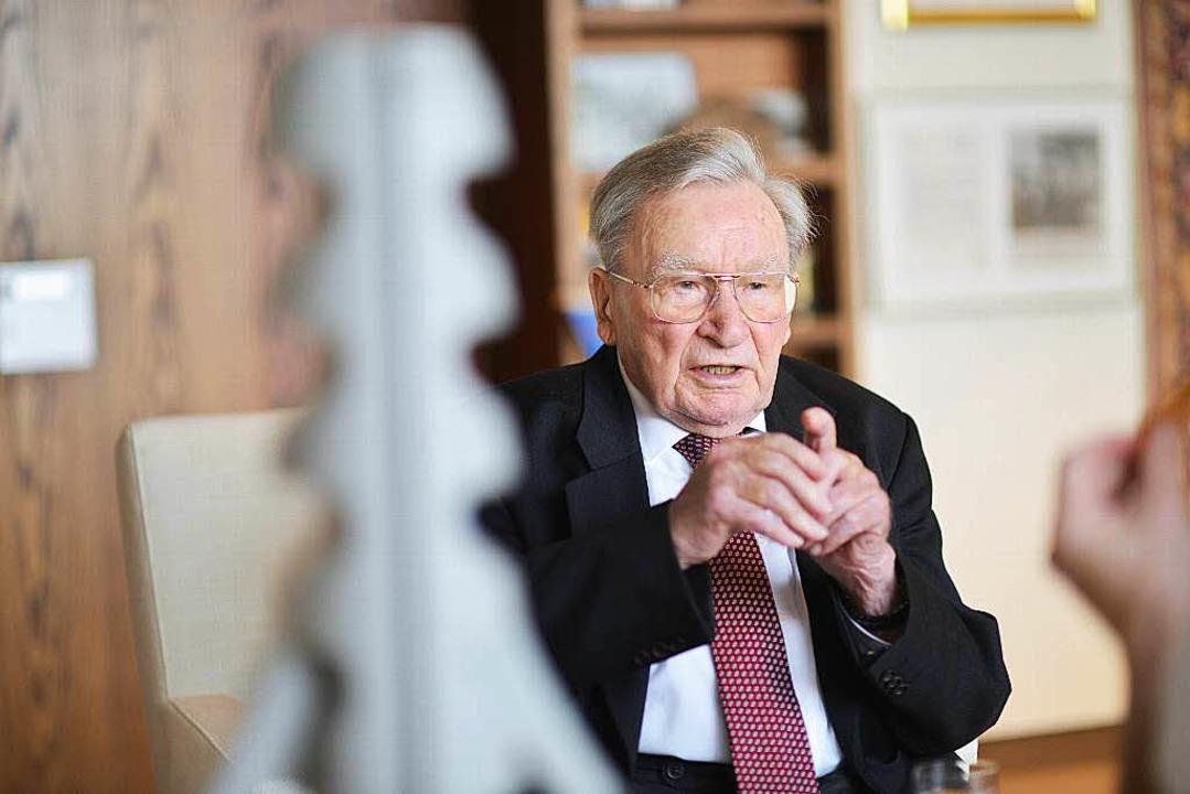 Artur Fischer feiert an Silvester seinen 95. Geburtstag.  | Foto: dpa