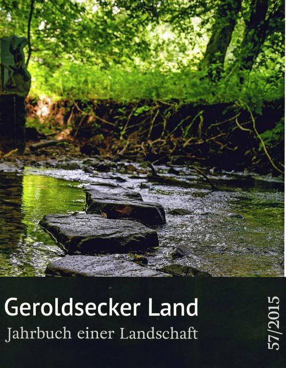 Das neue Jahrbuch ist im regionalen Buchhandel erhältlich.   | Foto: Repro: BZ