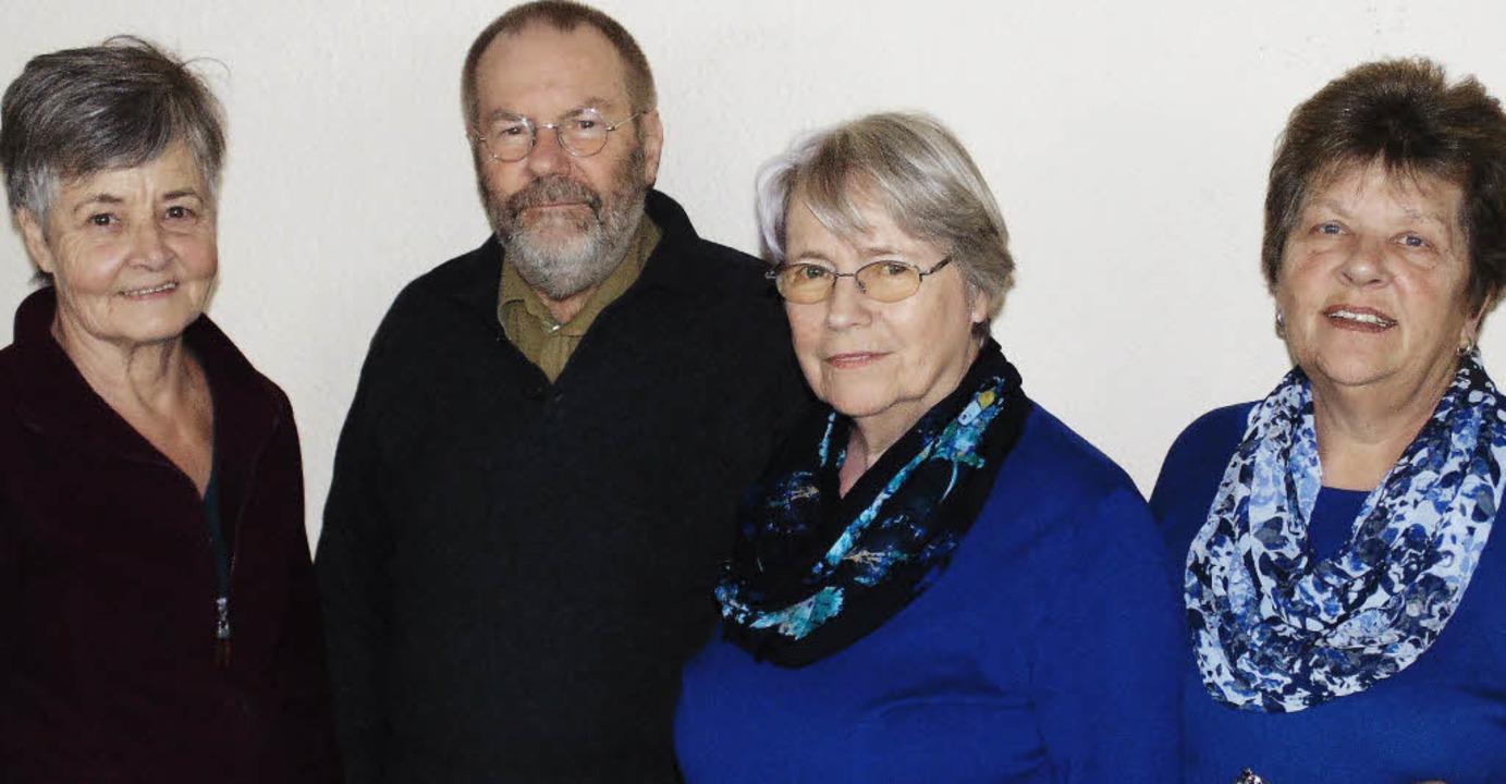 Bereiten den Zusammenschluss der beide... Loritz, Ilse Schäfer und Maria Baier   | Foto: Michael Gottstein