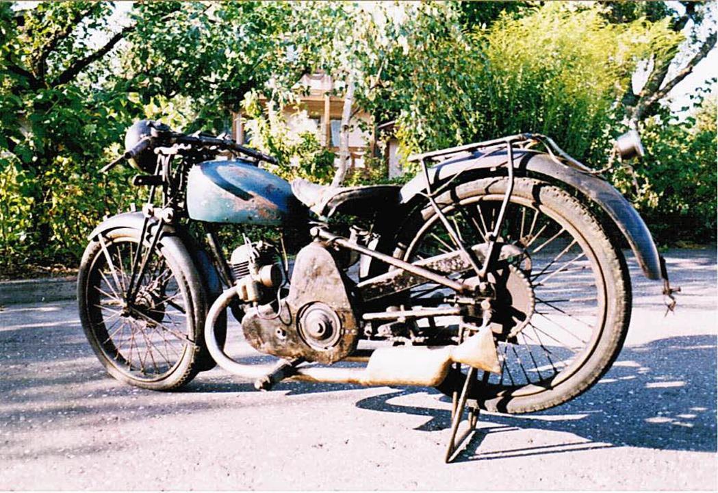 Eine Luwe 200 ccm von 1923, die heute ... der Firma Wunderle in Kirchzarten ist  | Foto: Privat